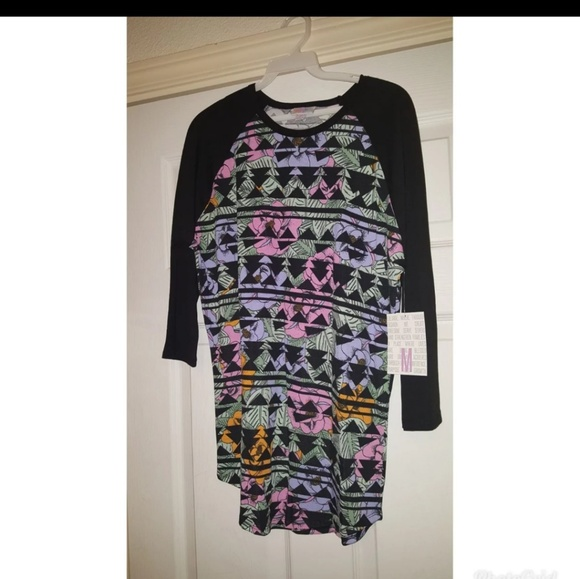LuLaRoe Tops - Lularoe randy shirt medium new